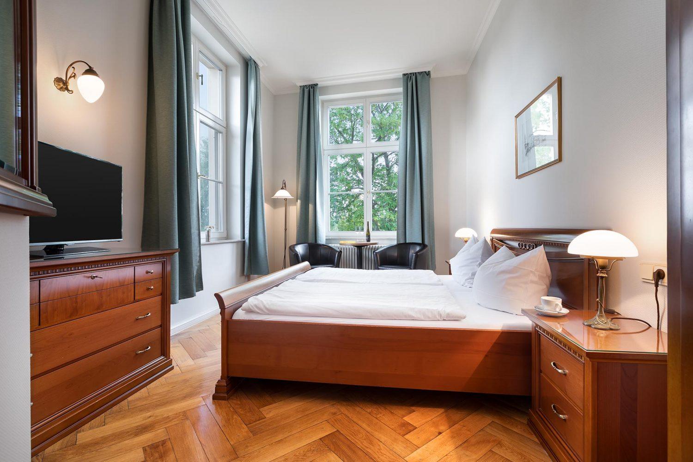 Hotelzimmer-Seeblick-Werder-Insel-Brandenburg-Potsdam